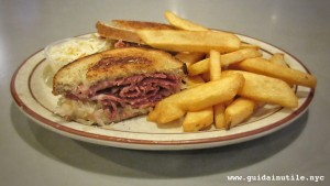 Reuben sandwich, panino, New York, mangiare, diner