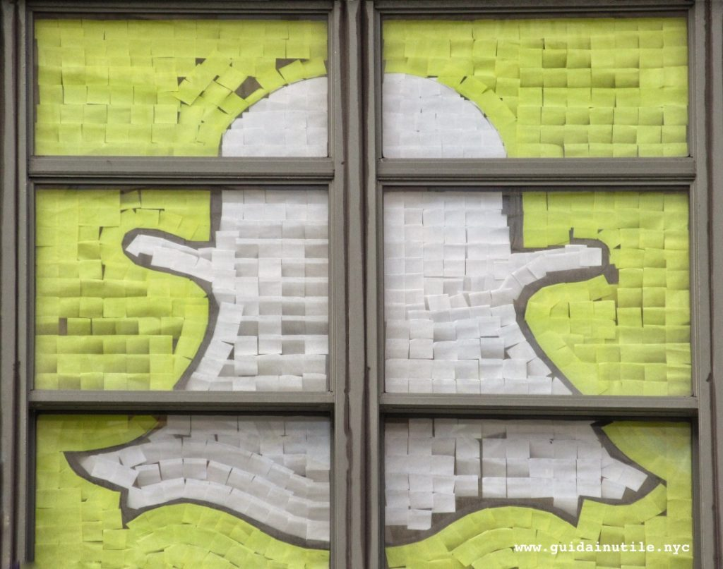 Snapchat, Post-it War, Canal Street, Manhattan, New York, New York City