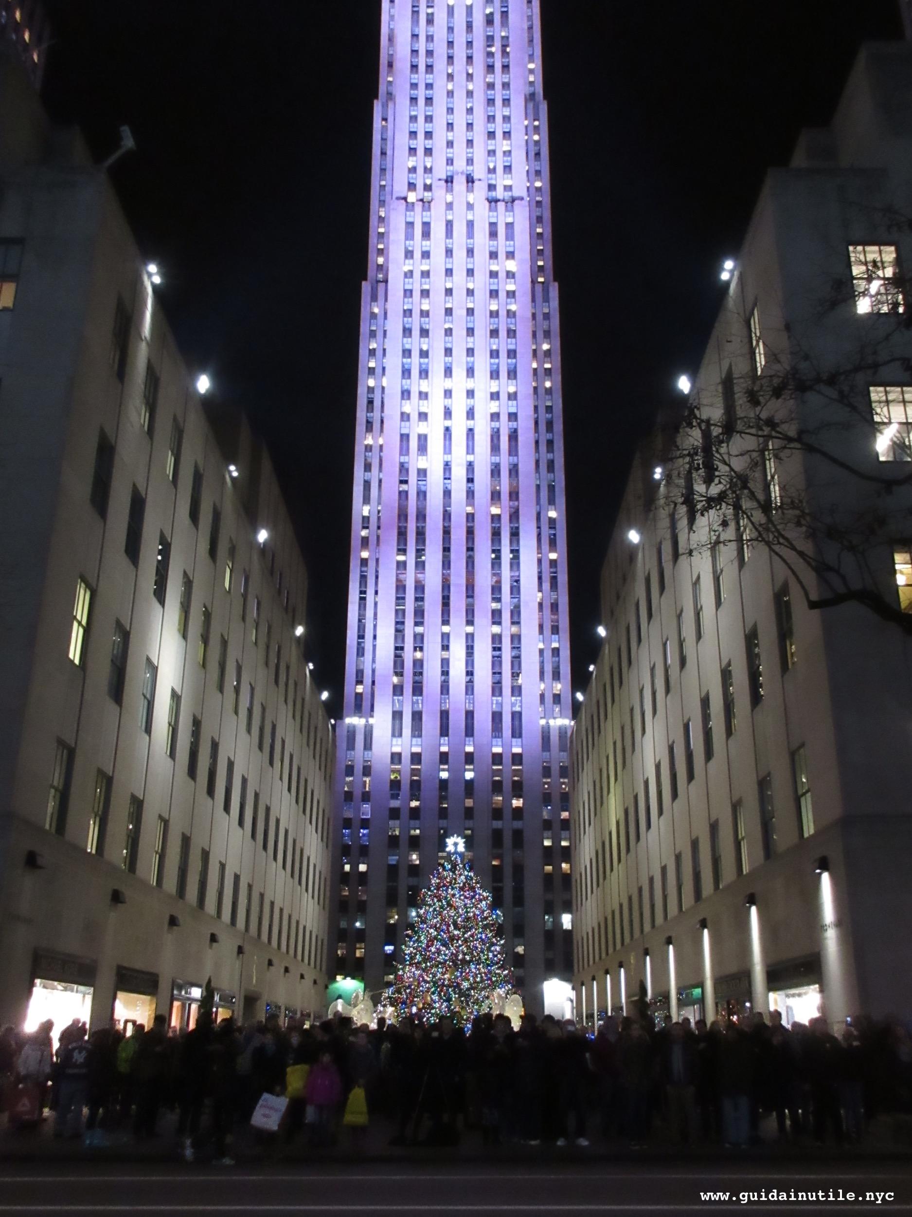 Quando accendono luci di natale new york