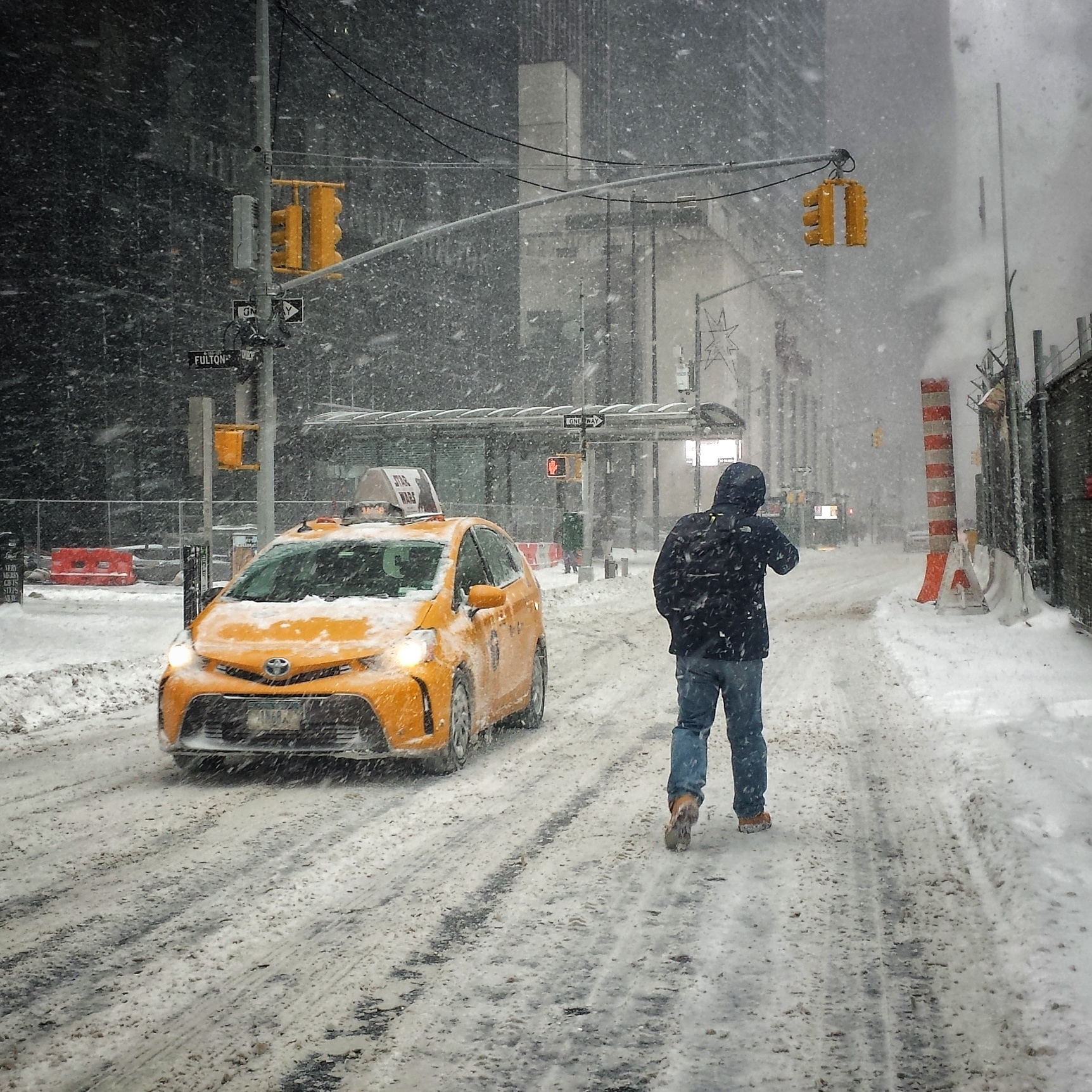 New York, neve