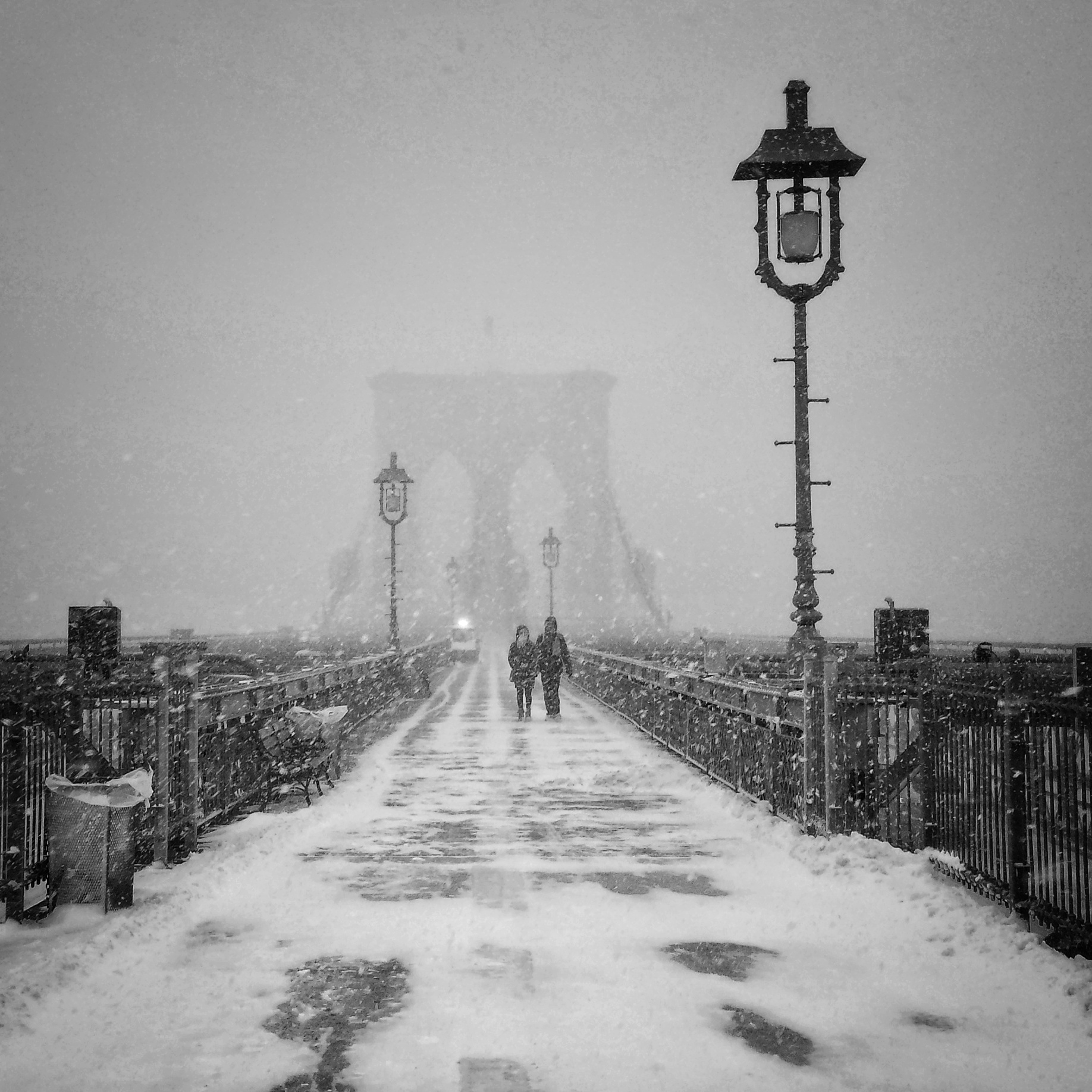 Brooklyn Bridge, Ponte di Brooklyn, snow, lovers, neve, New York, New York City
