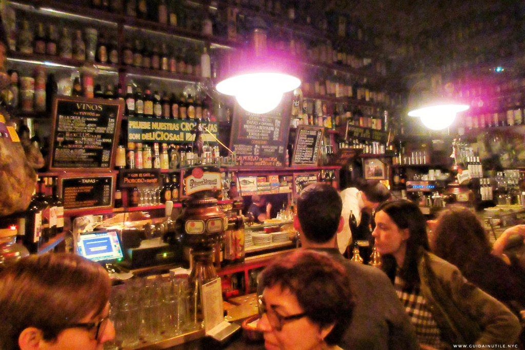 Bodega La Ardosa Malasaña Madrid, Guida di Madrid,  Tapas Bar a Madrid, Mangiare a Madrid, Guida Inutile Madrid