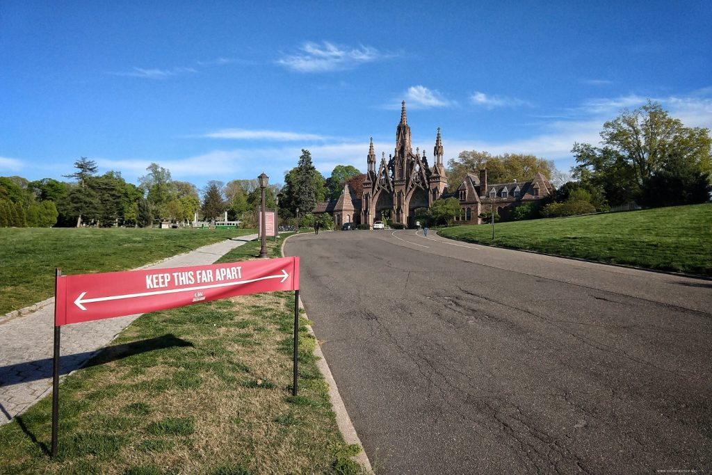 Green-Wood Cemetery, social distancing