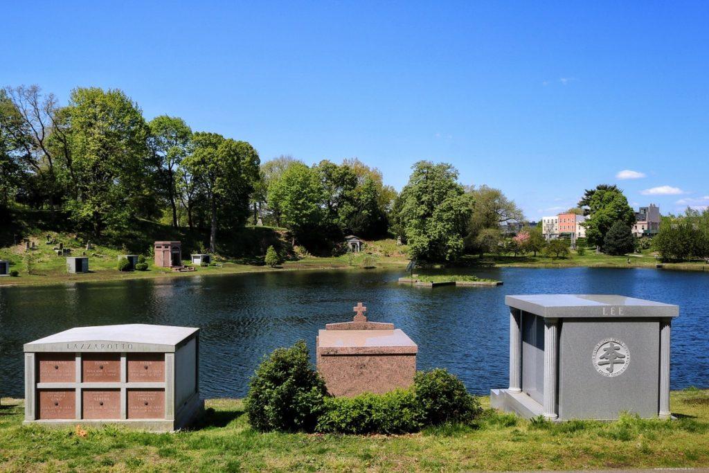 Green-Wood Cemetery, Sylvan Water