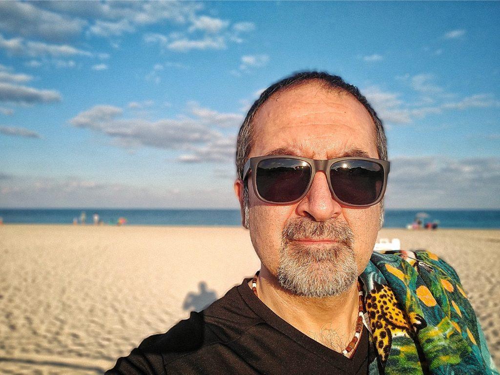 """Guida Inutile New York"", aka Denis Spedalieri, at Haulover Beach, Miami, March 2021"