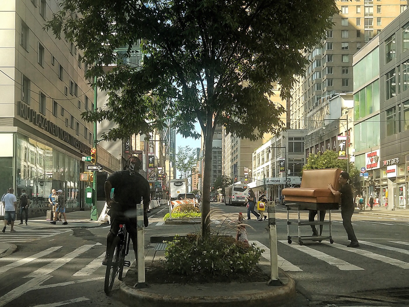 New York, Midtown Manhattan 8th Avenue and 46th Street